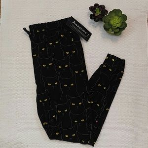 NWT Black Cat Awesome J Joggers size XL